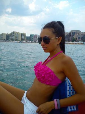 Lashaun from  is looking for adult webcam chat