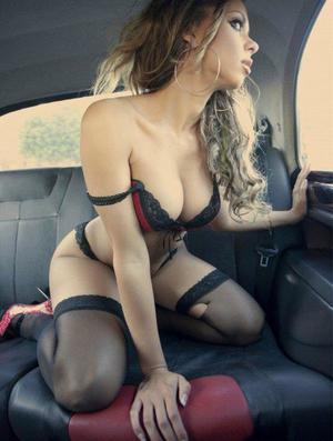 Aura from Ruby, Virginia is looking for adult webcam chat