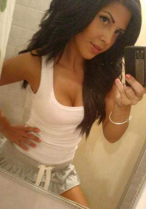 Keila from Vermont is looking for adult webcam chat