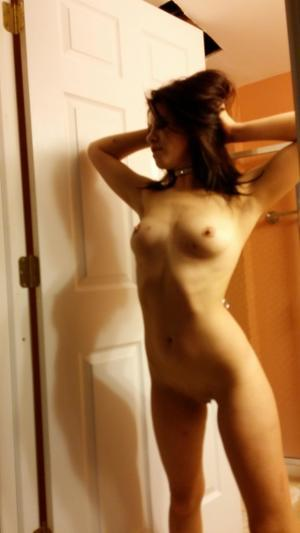 Chanda from Shageluk, Alaska is looking for adult webcam chat
