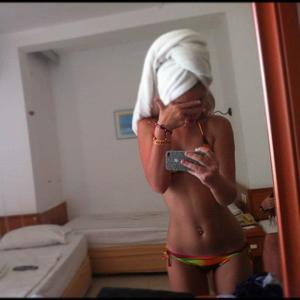 Marica from Carlsborg, Washington is looking for adult webcam chat