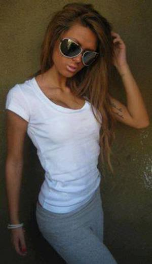 Shonda from Wisconsin is looking for adult webcam chat